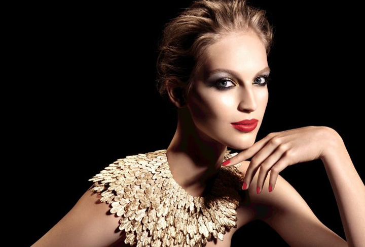 Plumes Précieuses: the Chanel holiday 2014 beauty collection