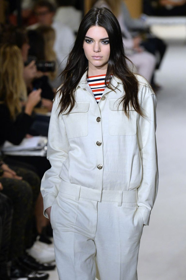 Kendall Jenner to front Karl Lagerfeld's S/S 2015 campaign