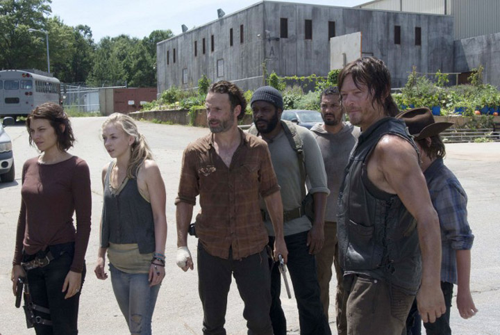 The Walking Dead Mid-Season 5 Trailer with Sex, Violence, and Fashion on the Horizon