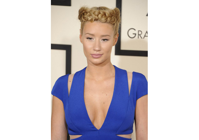 Top 8 Memes that Make Fun of Iggy Azalea's Grammy Hairstyle