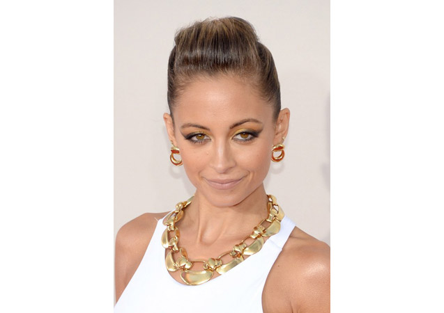 Nicole Richie's Hairvolution: From Blonde and Long to Hot Pink Pixie