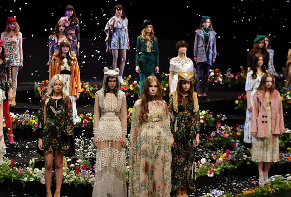 Sretsis Kicks Off Tokyo Fashion Week with a Bang