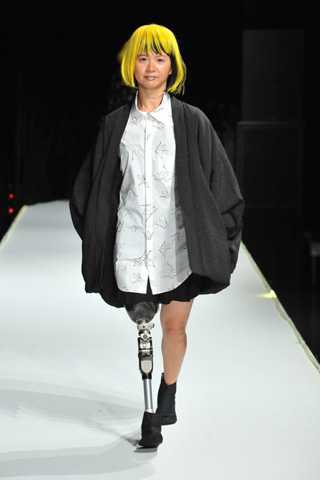 Tokyo Fashion Week Day 3: Paralympic and Disabled Models Steal the Show