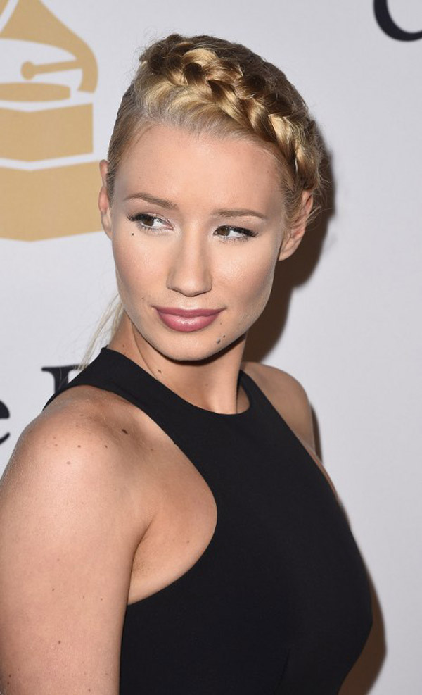 Wait WHAT? Iggy Azalea Got a Boob Job?! Before and After Pics