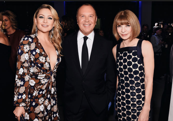 MICHAEL KORS PRESENTS COMMUNITY SERVICE AWARD TO KARLIE KLOSS  AT GOD'S LOVE WE DELIVER GOLDEN HEART AWARDS