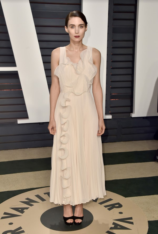 Rooney Mara in 2017 H&M Conscious Exclusive custom made gown at the Vanity Fair Oscar Party
