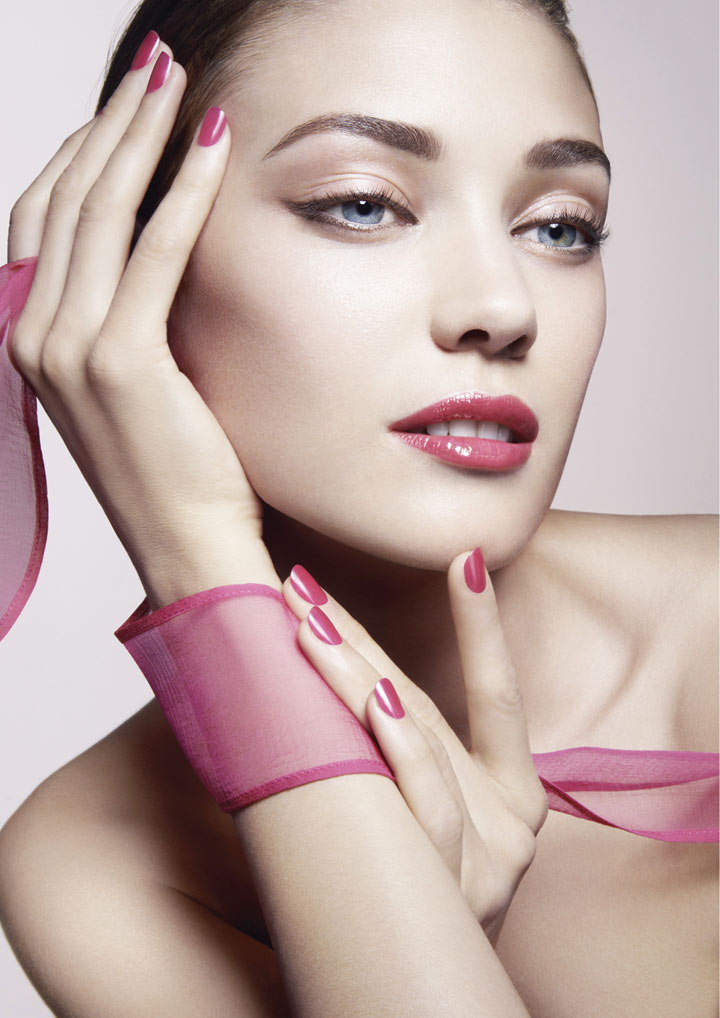 Vibrant colors for latest Giorgio Armani makeup collection