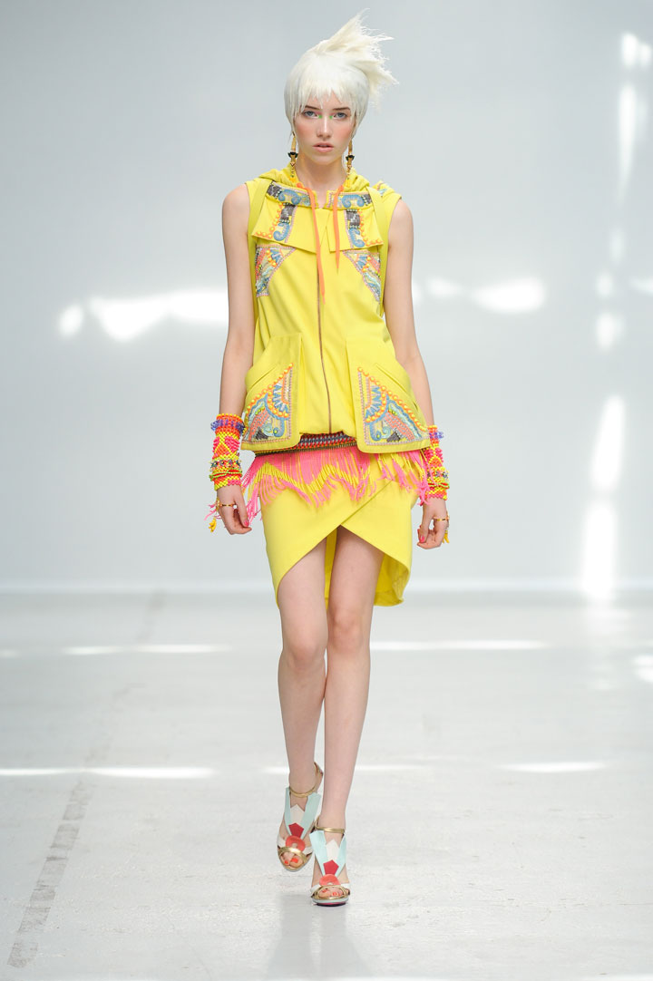 Paris Fashion Week: Manish Arora Spring Summer 2014