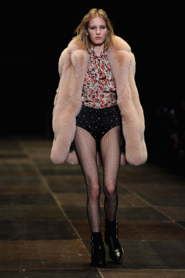 Fashion Frontline 54: Saint Laurent