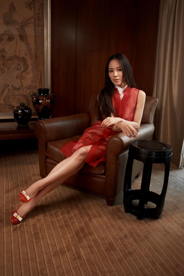 L'Icona Ferragamo in Greater China: The Vara Girls