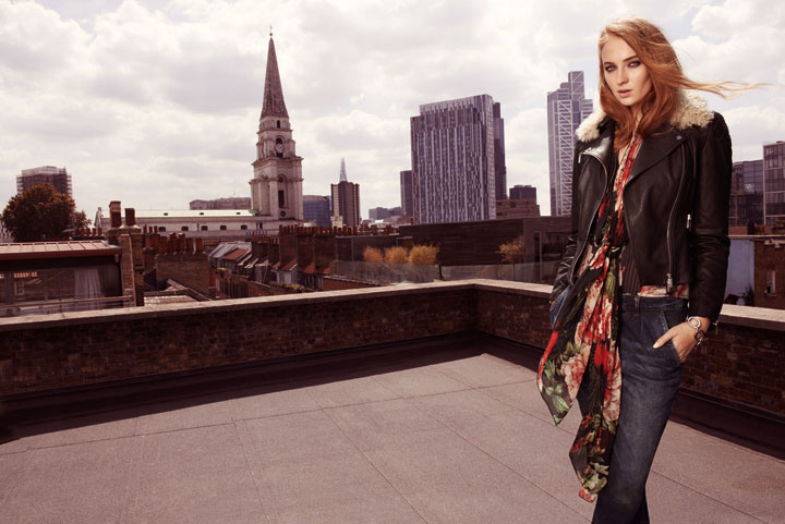 'Game of Thrones' star Sophie Turner poses for Karen Millen