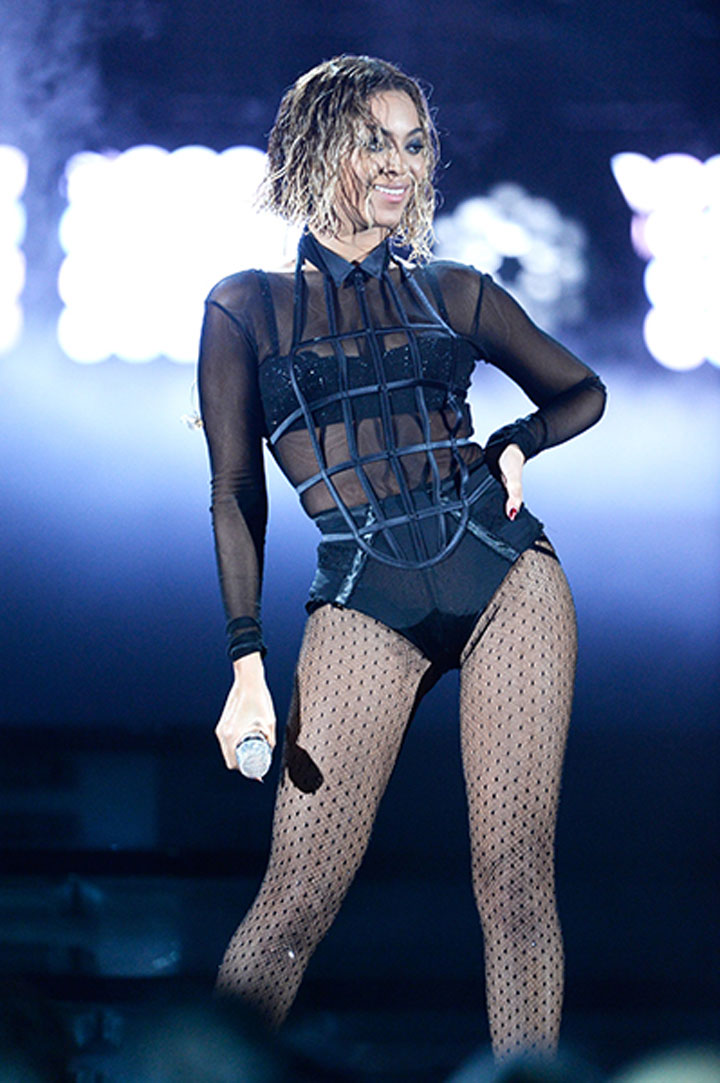 BEYONCE DRUNK IN LOVE AT GRAMMYS